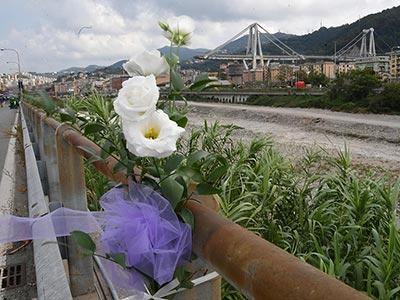 Genova si ferma per ricordare le 43 vittime del ponte