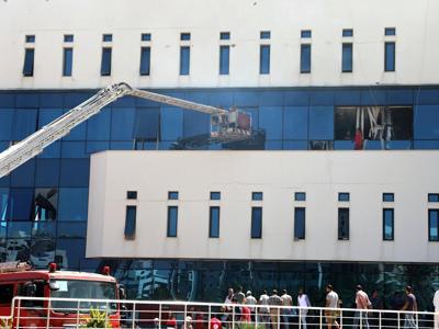 Libia, colpita la sede della compagnia petrolifera nazionale
