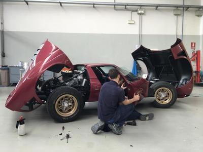 Dalla Ferrari 330 GTS alla Maserati Ghibli Spyder: quando restaurare è unarte
