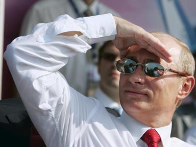 Putin festeggia 65 anni