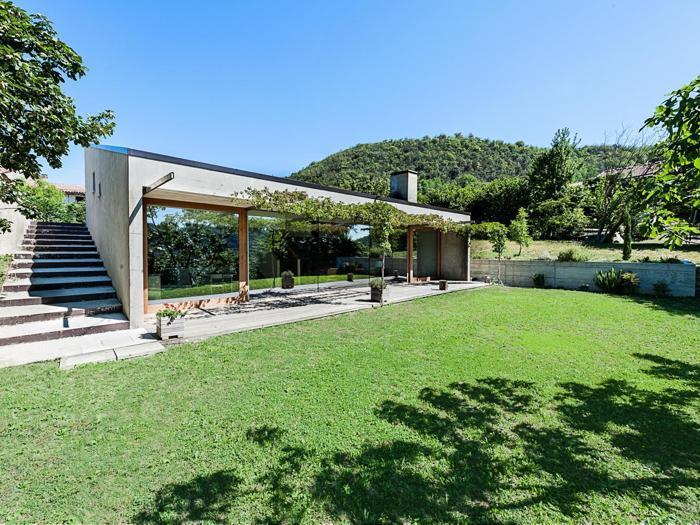 Beautiful ledificio progettato dallo studio fontana for Case in legno stile americano