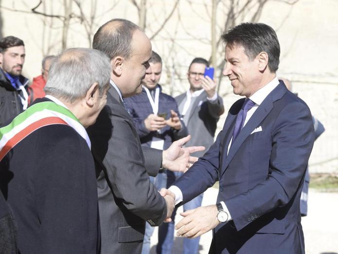 Il Primo ministro Giuseppe Conte ricevuto dal   commissario alla cultura Tibor Navracsics. (ANSA/ UFFICIO STAMPA PALAZZO CHIGI/ FILIPPO ATTILI)