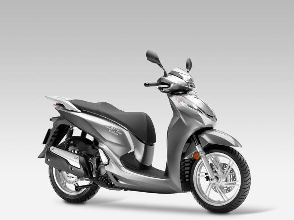 Nuovo Honda Sh 300 Ecco Come è Cambiato E Quanto Costa Il Sole 24 Ore