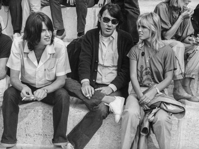 Fabrizio De Andrè con sua moglie Dori Ghezzi e suo figlio Cristiano, nel 1980 (Agf)