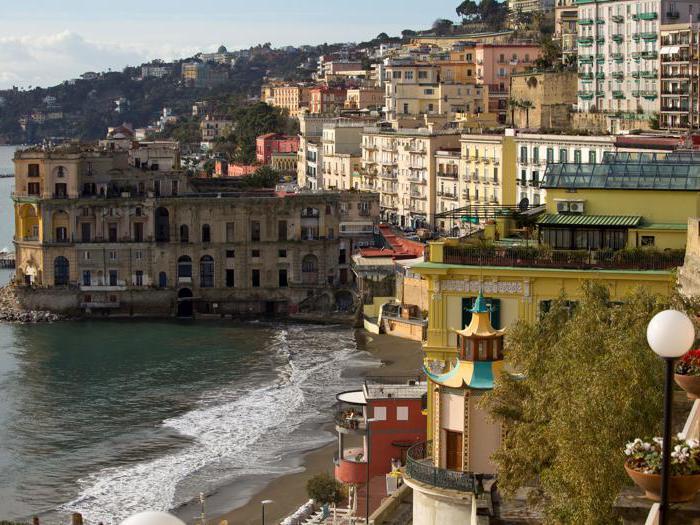 Napoli, Palazzo Donn'Anna - Foto StudioF64 © FAI - Fondo Ambiente Italiano