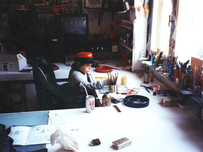 Sofia Bonvicini nello studio di Bonvi