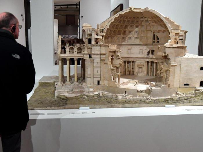 """""""Leonardo da Vinci. La scienza prima della scienza """". Un modello del Pantheon dell'architetto francese Georges Chedanne. (Ansa / Ettore Ferrari)"""