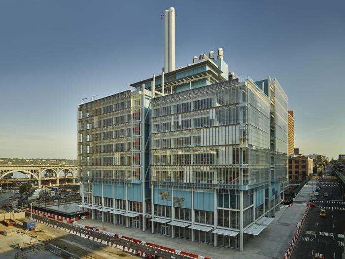 Il  Jerome L. Greene Science Center (visto da sud-est) a New York - Progetto: Renzo Piano Building Workshop - Foto:  Columbia University/Frank Oudeman