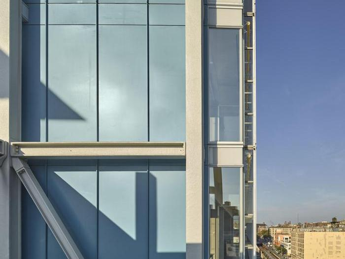 Dettaglio del  Jerome L. Greene Science Center  a New York - Progetto: Renzo Piano Building Workshop - Foto:  Columbia University/Frank Oudeman