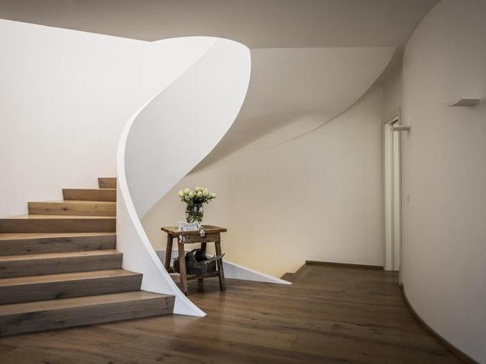 Casa Cipriani a Ala (Tn) - Progetto di ristrutturazione e ampliamento: Giorgio Losi (Plan architettura)