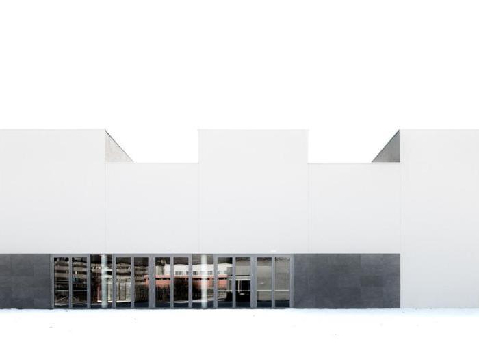 Ufficio Progetti Architetti Associati : A sondrio lfl architetti firma la palestra scolastica fatta di linee