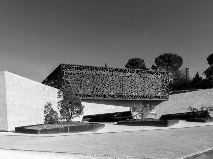Azienda agricola Zyme - AcMe Studio Associato di Architettura (Raffaela Braggio - Giovanni Castiglioni - Filippo Legnaghi - Moreno Zurlo) - Foto: S.Gasparato